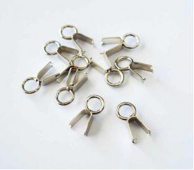 Loop clip for drawstrings