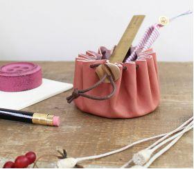 Cohana Himeji Leather Pouch (Pink)